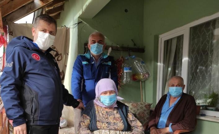 Edirne'de AFAD, engelli çifte tekerlekli sandalye hediye etti