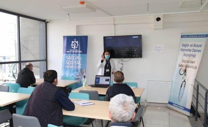 Gebze Barınma ve Konaklama Merkezi'nde Kovid-19 salgınına karşı eğitim