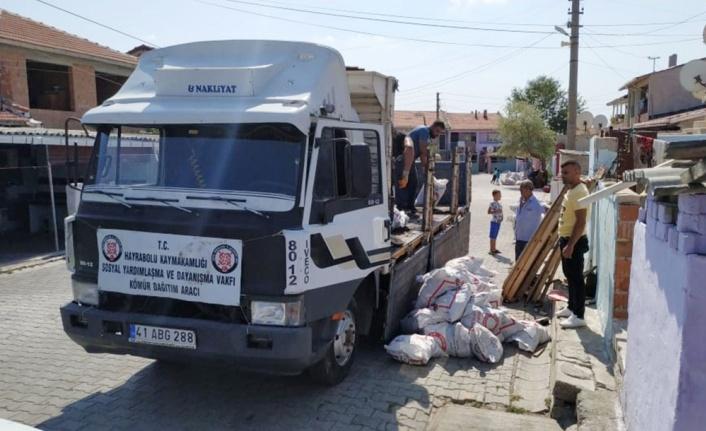 Hayrabolu'da ihtiyaç sahibi 1274 aileye yardımda bulunuldu