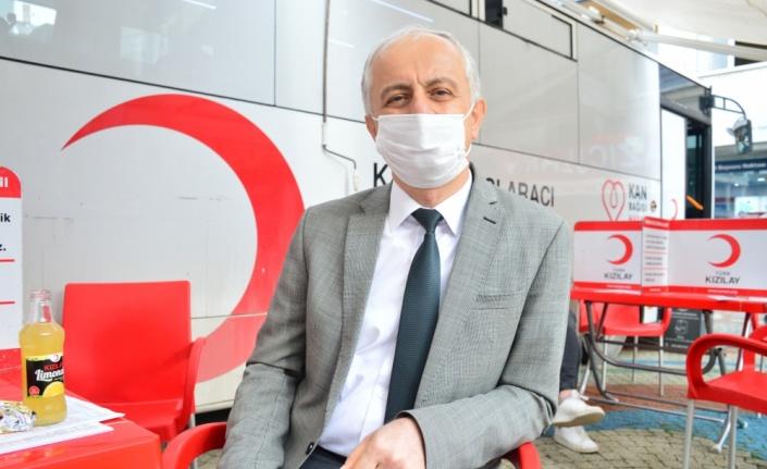 Karasu'da eğitim camiasından kan bağışı