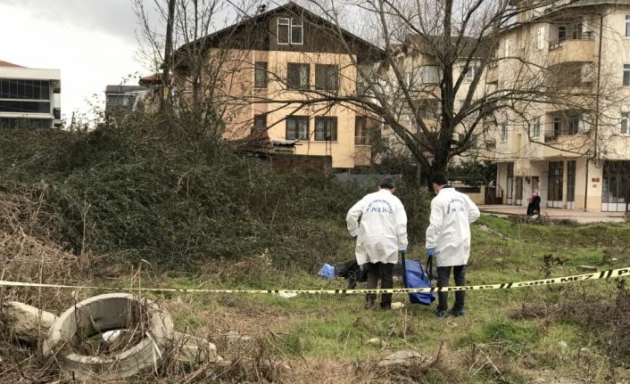 Sakarya'da otluk alanda erkek cesedi bulundu