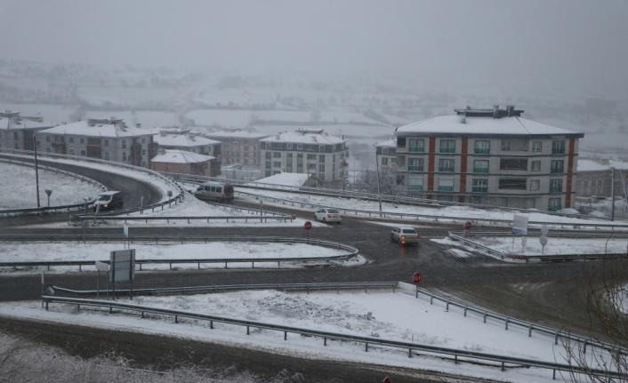 Tekirdağ'da kar yağışı başladı
