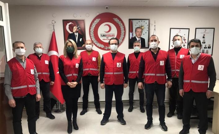 Türk Kızılay Edirne Şubesi ihtiyaç sahiplerine yardım dağıtımlarını sürdürüyor