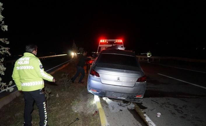 Balıkesir'de trafik kazası: 3 yaralı
