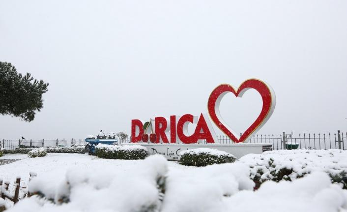 Kar yağışı sonrası Darıca'da kartpostallık görüntüler oluştu