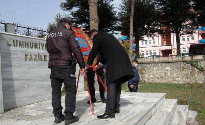Gölpazarı'nda Şehitleri Anma Günü ve Çanakkale Deniz Zaferi'nin 106. yılı töreni