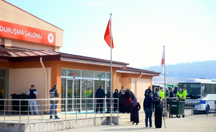 GÜNCELLEME - Sakarya'da havai fişek fabrikasındaki patlamaya ilişkin 7 sanık yeniden hakim karşısında