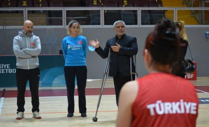 Tekerlekli Sandalye Kadın Milli Basketbol Takımı, Yalova'da kampa girdi