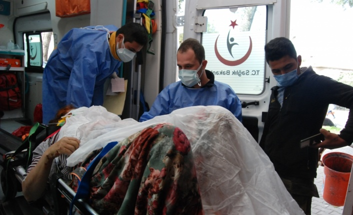 Çanakkale'de devrilen otomobilin sürücüsü hayatını kaybetti, eşi yaralandı