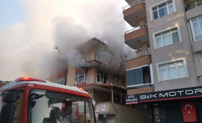 Gebze'de bir evde çıkan yangın söndürüldü