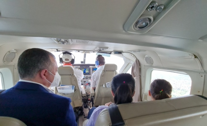 İzmit Körfezi'ni deniz uçağıyla gezmek isteyen çocukların hayali gerçek oldu
