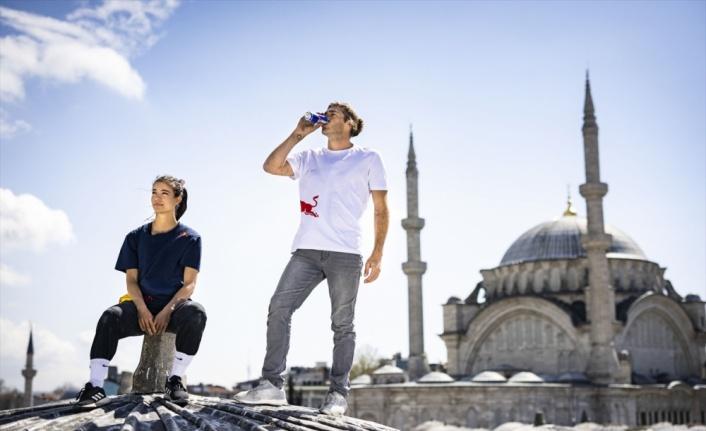 Parkur sporcuları Hazal Nehir ve Dominic Di Tommaso Kapalıçarşı'yı keşfediyor