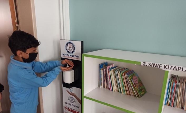Sultanbeyli'deki 6 Tematik Bilgi ve Öğrenme Merkezi, Kovid-19 döneminde de hizmet veriyor