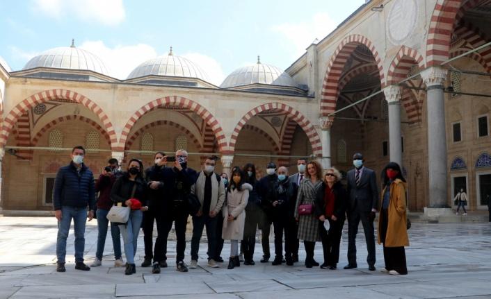 Yabancı gazeteciler medeniyetlerin kesişme noktası Edirne'ye hayran kaldı