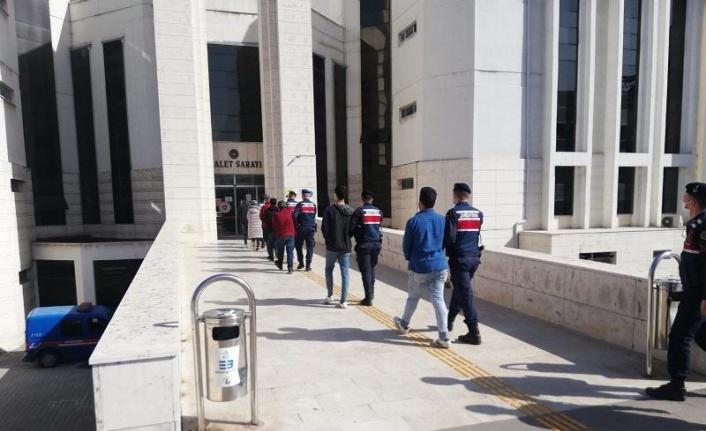 Balıkesir merkezli yasa dışı bahis operasyonunda 4 şüpheli tutuklandı