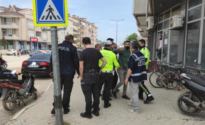 Bursa'da polisin dur ihtarına uymayan motosiklet sürücüsü gözaltına alındı