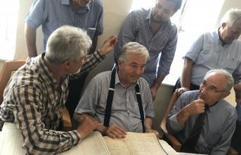 50 yıl önce Öğretmen olduğu köyün okulunu yeniledi
