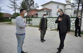Edirne Valisi Canalp 12 saatte 59 köyü dolaşarak salgın tedbirlerine uyulmasını istedi