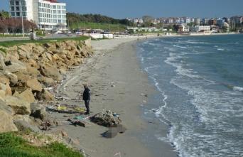 Gemiden düşen denizcinin cesedi sahilde bulundu