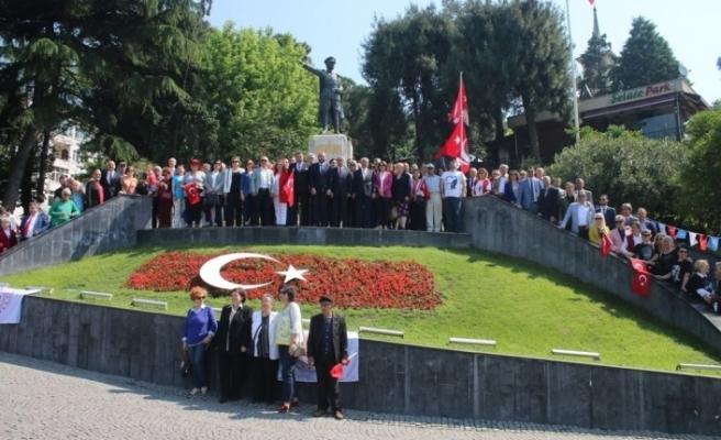 CHP ve İYİ Parti'den 100'üncü yılda alternatif tören