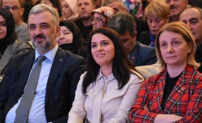 Eryarsoy: Tebrik bekliyorduk görevden alındık