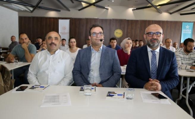 Büyükşehir'den ''Türkiye Bina Deprem Yönetmeliği'' eğitimi
