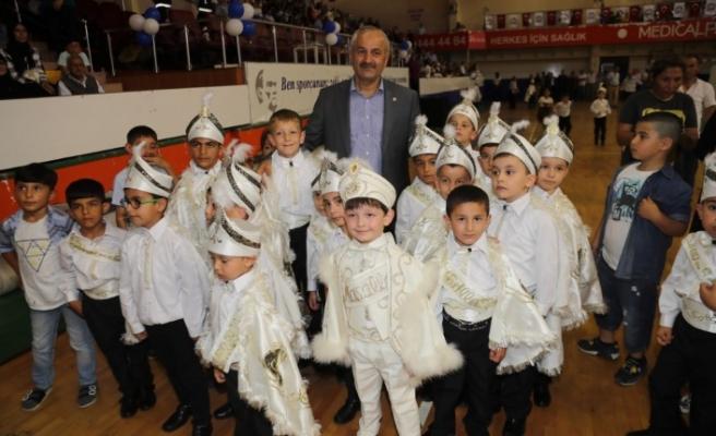 Gebze'de 450 çocuk delikanlılığa adım attı
