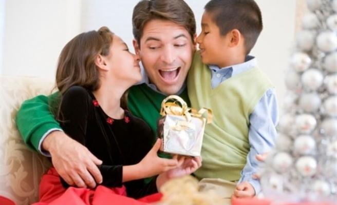 Piyasaları Babalar Günü ve Karne Hediyeleri Canlandıracak