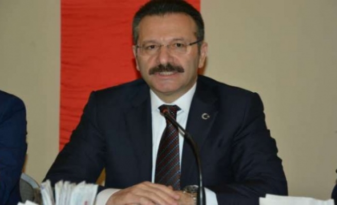 Vali Aksoy: Başaracağınıza olan inancınızı hiç kaybetmeyin