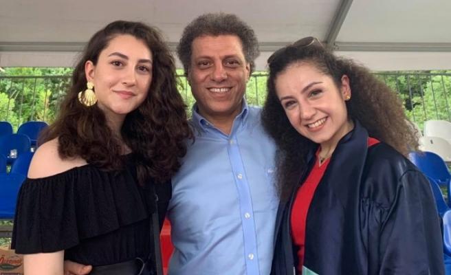 Doktor Hakan Höbek'in Kızı Nazlı, baba mesleğini seçti