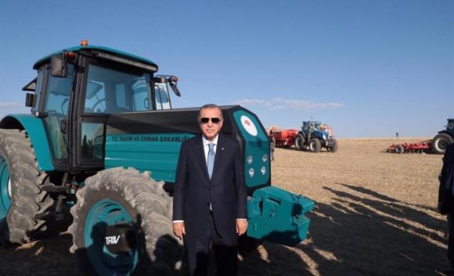 Yerli Elektrikli Traktör Yüzde 95 Yakıt Tasarrufu Sağlıyor