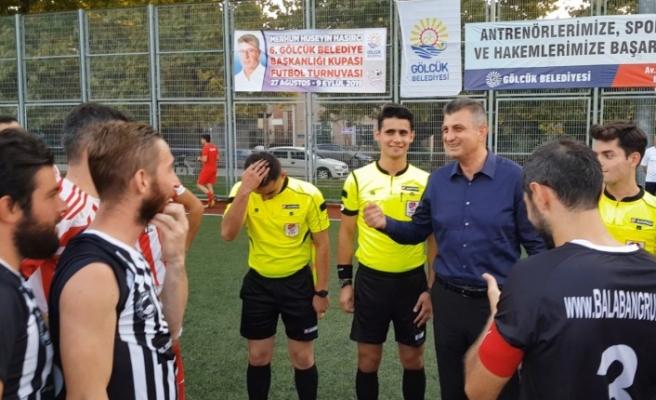 Gölcük Belediyesi Başkanlık Kupası başladı