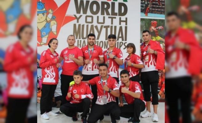 Gölcüklü Gençler Dünya Şampiyonu