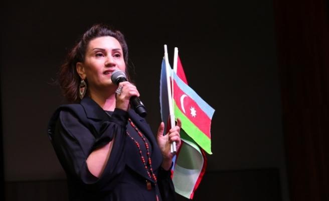 Kocaeli'de Azerin rüzgârı esti