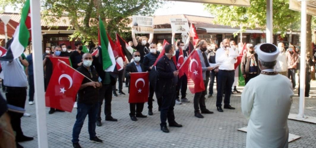 İsrail'in saldırılarında şehit olan Filistinliler için Mudanya'da gıyabi cenaze namazı kılındı