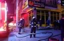 Gebze'de bir iş yerinde çıkan yangını itfaiye...