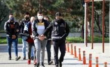 Yabancı uyruklulara sahte evrakla ikamet izni aldıran 3 kişi tutuklandı