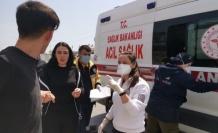 Gebze'de bariyerlere çarpan otomobilin sürücüsü yaralandı