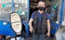 Motosikletten çıkarılan yılan doğaya salındı
