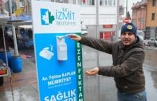 İzmit'e dezenfektan otomatı yerleştirildi