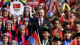 Dünya çocuklarının korteji Kocaeli'yi renklendirdi