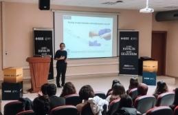 Mühendislik ve Tıp Alanlarında Biyoteknoloji'yi Konuştular