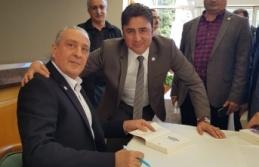 """Prof Dr. Tuncay Öğün, Gebze'de """"100 Soruda Sarıkamış Harekatı"""" kitabını imzaladı"""