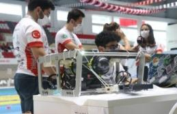 Kılavuz öğrenciler, insansız su altı aracıyla...
