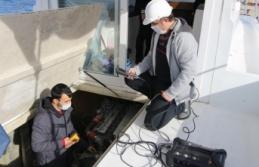 Bandırma Onyedi Eylül Üniversitesi Denizcilik Fakültesi, teknelere egzoz emisyon ölçüm belgesi veriyor