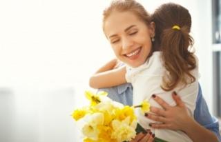 İki kişiden biri annesine sadece Anneler Günü'nde...
