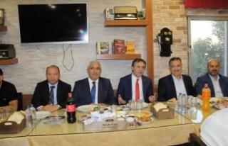 Şevki Demirci'nin iftarına yoğun katılım