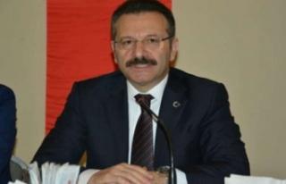 Vali Aksoy babalar gününü kutladı