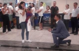 CHP'li meclis üyesinden şaşırtan evlilik teklifi