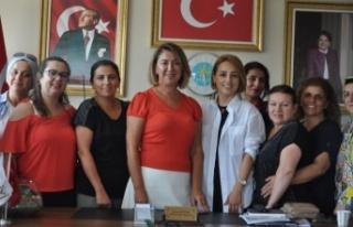 Seda Yalçınkaya: Meral Akşener'e yük olmayacağız,...